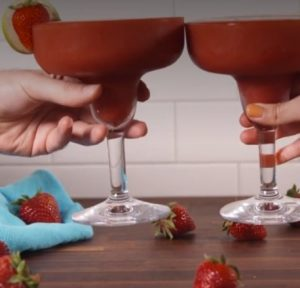 Strawberry daquiri recipe